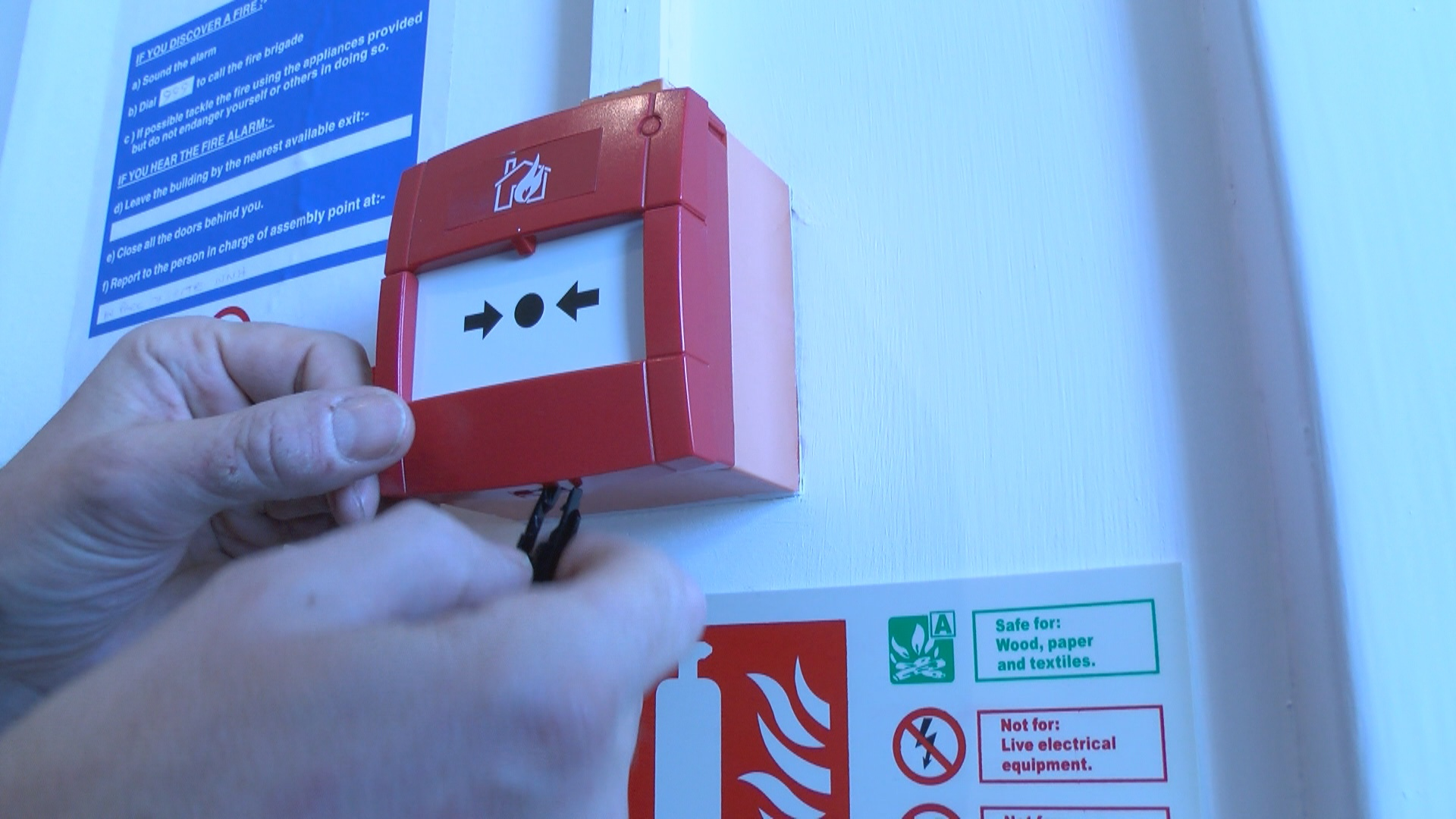 Fire safety checks - fire alarm